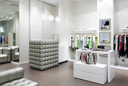 a430be1e429 Заказать светодиодное освещение магазинов одежды и обуви